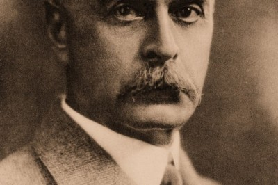 Karl Landsteiner developed the modern system of classification of blood groups